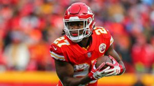 Kareem Hunt and more under-the-radar picks for your daily fantasy lineup in Week 8