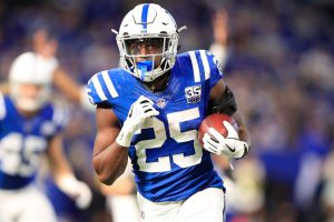 Marlon Mack and more under-the-radar picks for your daily fantasy lineup in Week 8