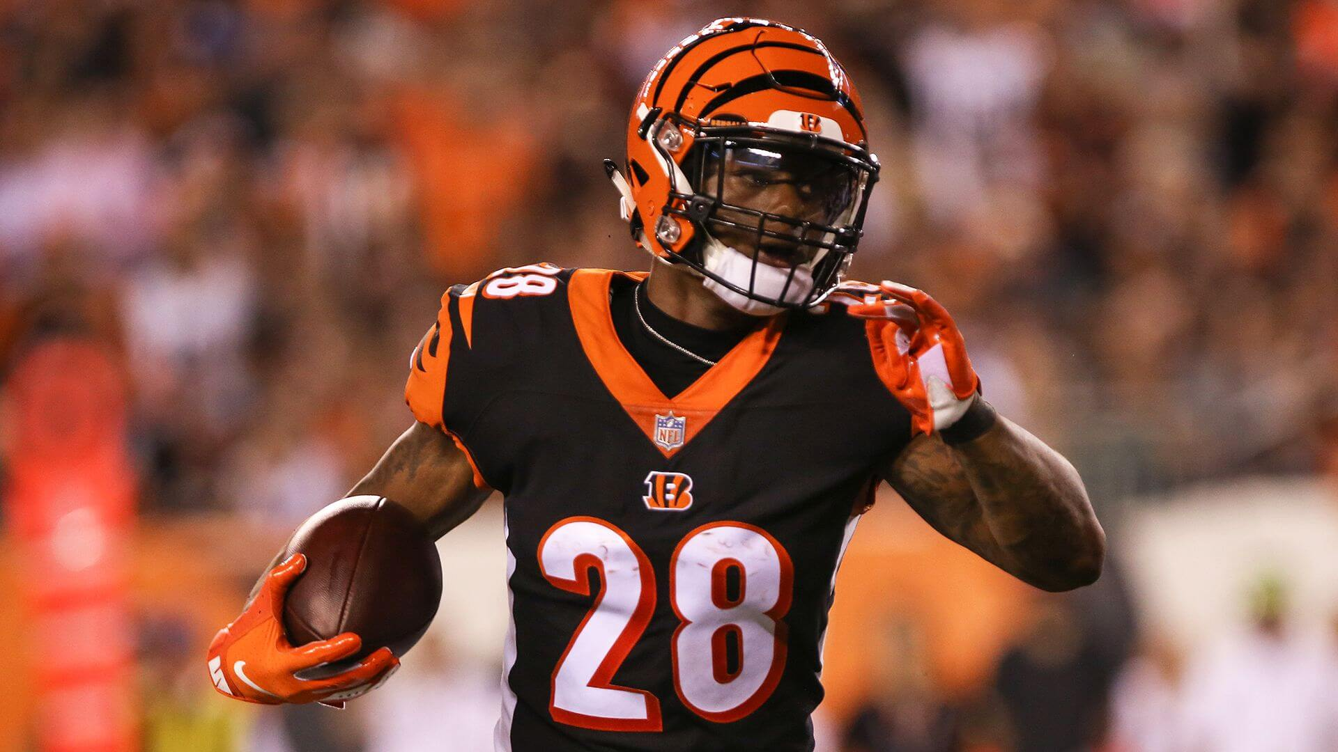 Joe Mixon and more Week 15 Sneaky Plays