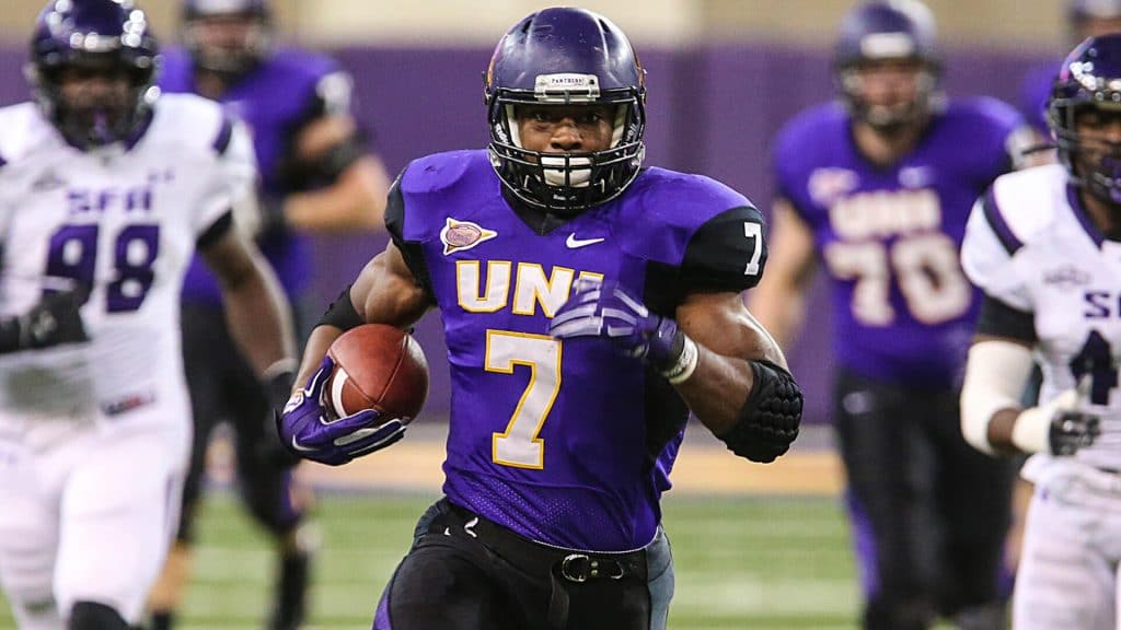 Current NFL star RB David Johnson breaks off a long run in his college days at UNI