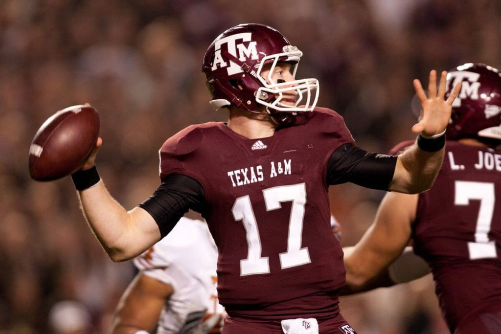 Ryan Tannehill slings a pass for Texas A&M in 2011