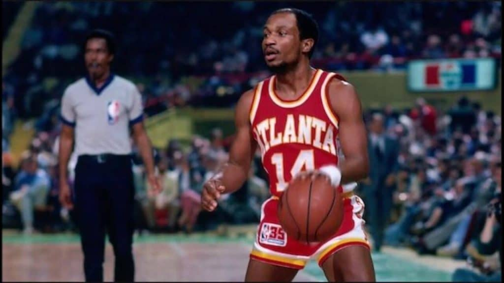 Charlie Criss was a 5-foot-8-inch guard for the Atlanta Hawks